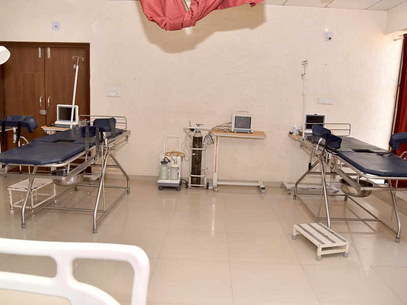 LABOUR ROOM